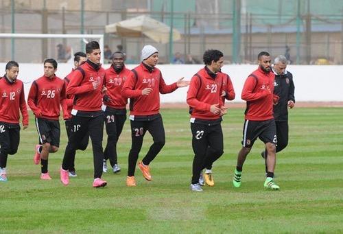 الأهلي المنتشي بالفوز على الوداد يتطلع للإطاحة بسموحة من كأس مصر