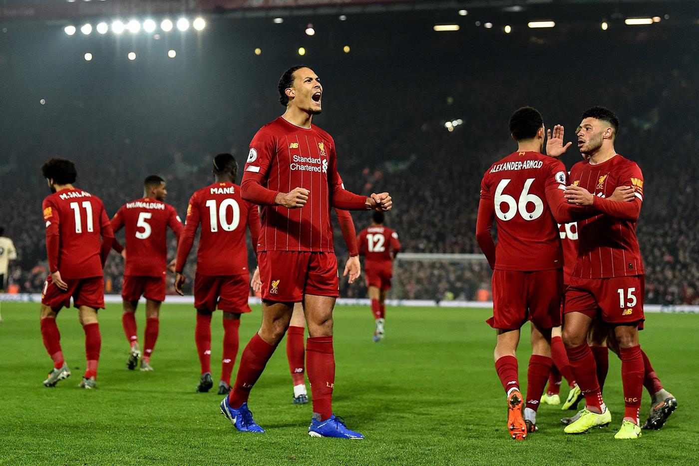 ليفربول يطارد الرقم القياسي ونوريتش يبحث عن طوق نجاة بالدوري الإنجليزي
