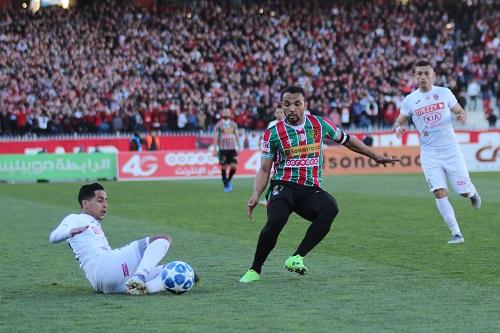 الاتحاد الجزائري لكرة القدم يضع قيودا صارمة أمام الأندية المحترفة