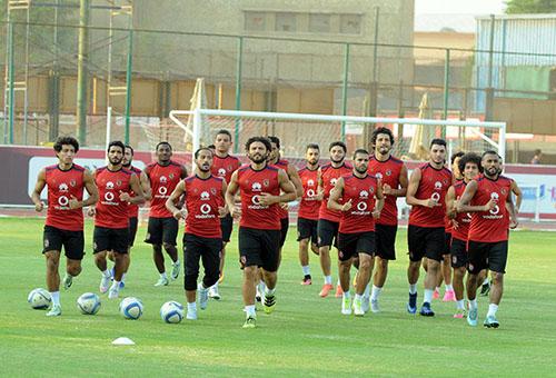 مدرب الأهلي يستدعي 24 لاعبا لمباراة الوداد