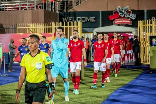 الأهلي المصري يقسو على الترجي ويواجه كايزر شيفس في نهائي دوري أبطال إفريقيا