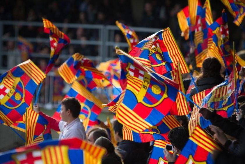 الفيفا يعلق العقوبة على برشلونة