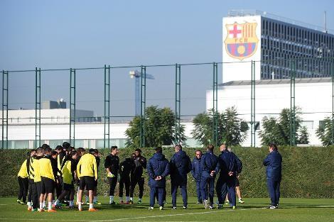 برشلونة يحدد موعد عودته إلى التدريبات
