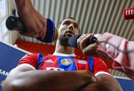 بنعطية لموقع FCB: مستعد لمواجهة لاعبي برشلونة في الكامب نو