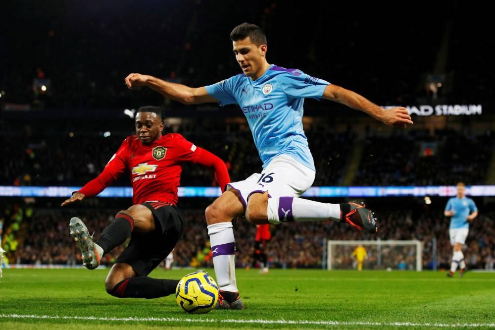يونايتد يسقط سيتي في عقر داره في قمة الدوري الإنجليزي