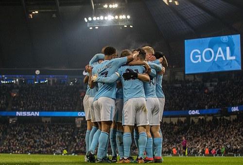 """""""هاتريك"""" إغويرو يقود مانشستر سيتي لتخطي نيوكاستل في الدوري الإنجليزي"""