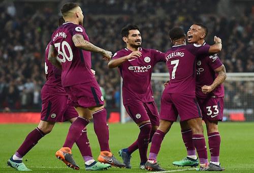 مانشستر سيتي يتخطى كبوته بفوز ثمين على توتنهام ويدنو من لقب الدوري الإنجليزي