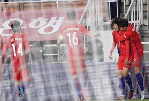 سون يقود كوريا الجنوبية للفوز على كولومبيا وديًا