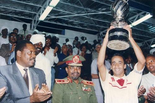 """54 سنة من تاريخ """"عصبة"""" إفريقيا.. سِتّ وَمَضات من سِجلات الكرة المغربية"""