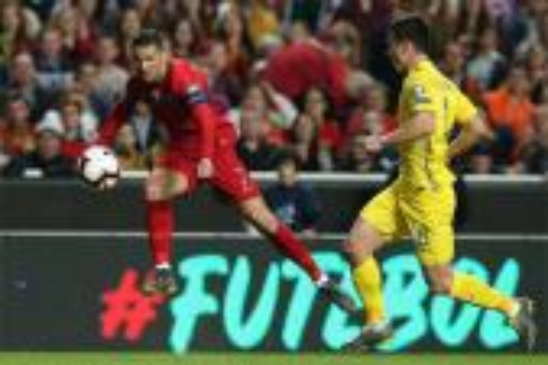 رونالدو يتصدر تشكيلة البرتغال في دوري الأمم