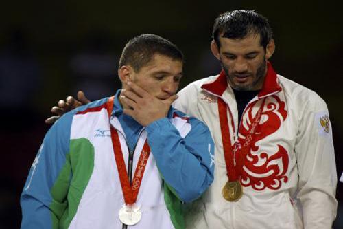 تجريد 6 رياضيين من ميدالياتهم بأولمبياد بكين