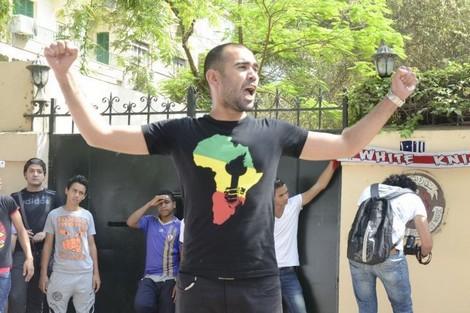 """مصريُّون يتظاهرون للإفراج عن معتقلي أحداث """"الرجاء والجيش"""""""