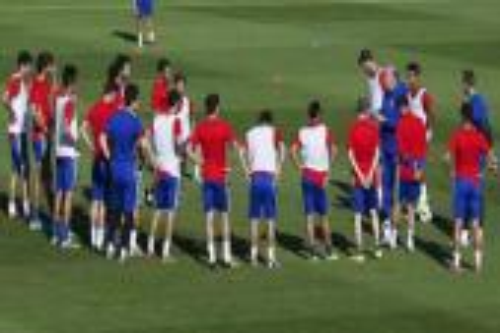 المنتخب الإسباني يصل بروكسل استعدادًا لودية بلجيكا