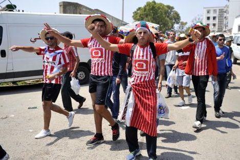 """كَراهية وعُنف بين الجمَاهير المغربيّة في وداع البطولة """"برُو"""" لـ2014"""