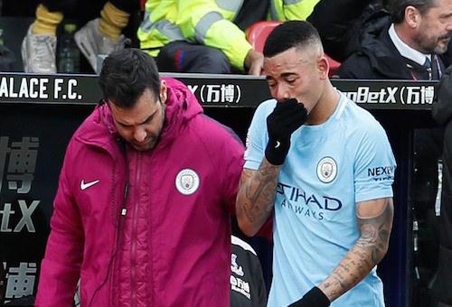 ضربتان موجعتان لمانشستر سيتي في مباراة واحدة
