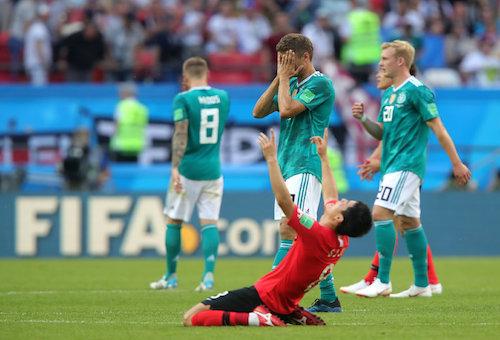 """""""الماكينات تتعطل"""".. ألمانيا تغادر من الدور الأول لكأس العالم لأول مرة منذ 1938"""