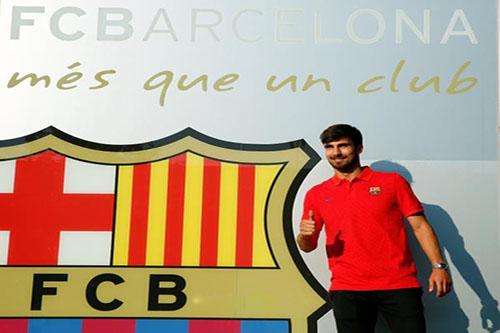 """كتيبة الجدد"" تكلف خزائن برشلونة 123 مليون يورو"