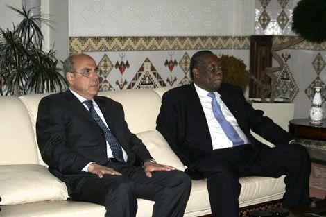 """الـ""""كاف"""" يعوض ليبيا بالجزائر في تنظيم كأس إفريقيا 2017"""