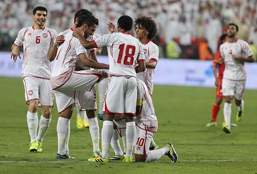 الثلاثي المصاب صداع في رأس مدرب الإمارات