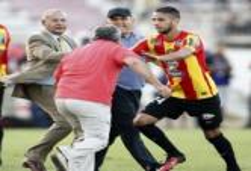 الاتحاد التونسي يوقف فوزي البنزرتي مدرب النجم الساحلي لمدة موسمين