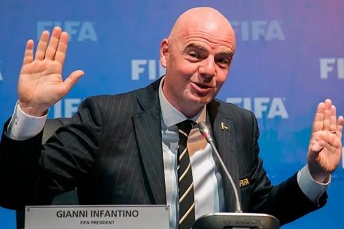 """رسميا.. """"فيفا"""" يقرر الإبقاء على 32 منتخبا في كأس العالم 2022 بقطر"""