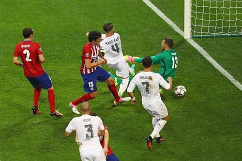 صراع ناري بين ثلاثي هجوم ديربي مدريد