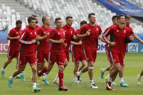 المجر تفتقد لجهود لوفرينكسيكس أمام النمسا