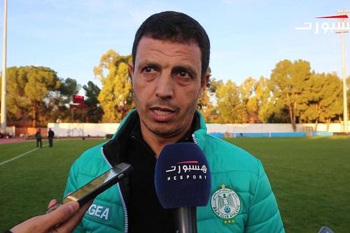 سلامي يُوجه رسالة خاصة للمغاربة ويكشف أجواء تداريب لاعبي الرجاء
