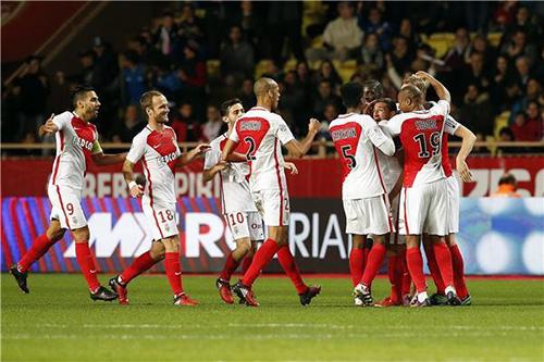 موناكو يبدأ المهمة المستحيلة في الدوري الفرنسي
