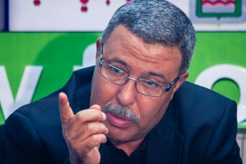 مصطفى مديح مُربّي الأجيال.. فَضّل الرياضة على الطب ليداوي جُروح الكرة الوطنية