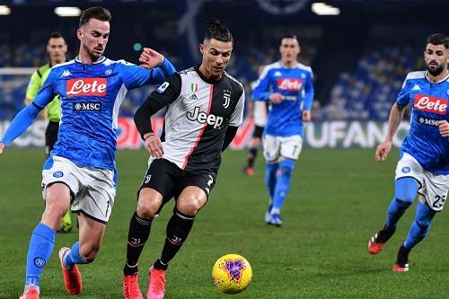 """نابولي يقف بين بيرلو ولقبه الأول كمدرب ليوفنتوس في """"سوبر"""" إيطاليا"""