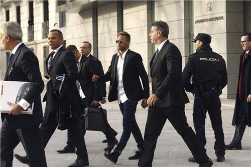 القضاء الإسباني يحفظ قضية فساد ضد نيمار