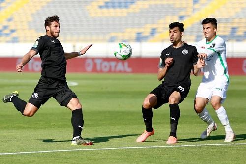 """بيراميدز المصري يلعب ورقة المال لتحفيز لاعبيه أمام """"النسور"""" في نصف نهائي الكونفدرالية"""