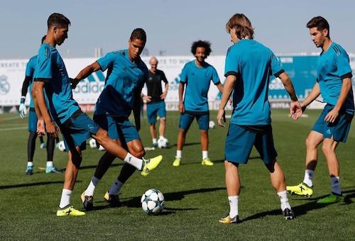 تعديلات متوقعة في تشكيلة ريال مدريد أمام توتنهام