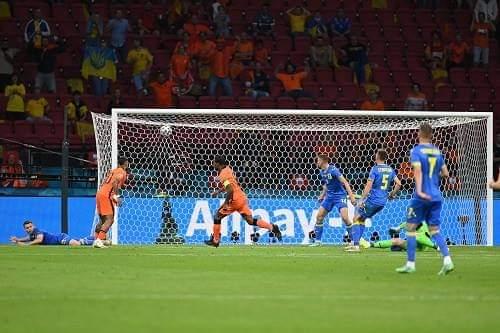 """هولندا تحبط """"ريمونتادا"""" أوكرانيا بفوز قاتل في يورو 2020"""