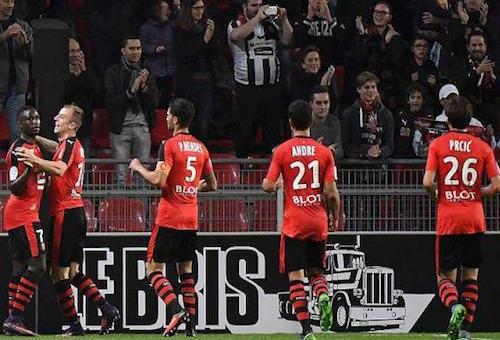 رين يتعادل مع سانت إيتيان في مباراة مثيرة بالدوري الفرنسي
