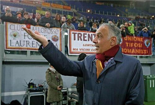 رئيس روما يطمئن الجماهير ويكيل المديح للمدير الرياضي