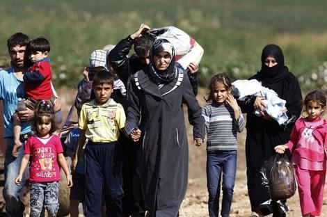 جيرارد يتبرع للاجئين بحذائه التاريخي