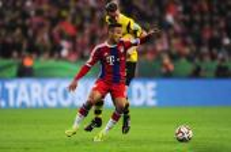 رسميا: ألكانتارا يمدد عقده مع بايرن ميونيخ