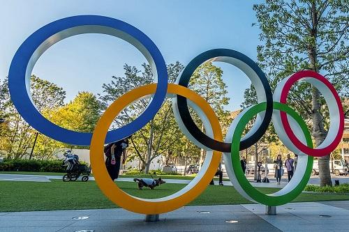 """الفرنسيون يحذرون من ظروف """"بالغة الصعوبة"""" من دون لقاح بأولمبياد طوكيو"""