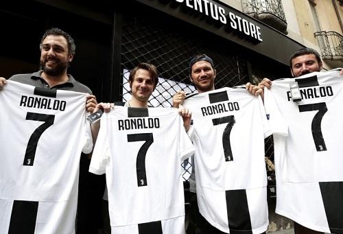 """يوفينتوس يعيش في """"نعيم"""" رونالدو.. أرقام النادي المالية تتضاعف بعد قدوم كريستيانو"""