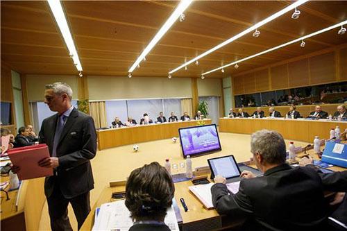 أوروبا ترغب في زيادة عدد منتخباتها بالمونديال