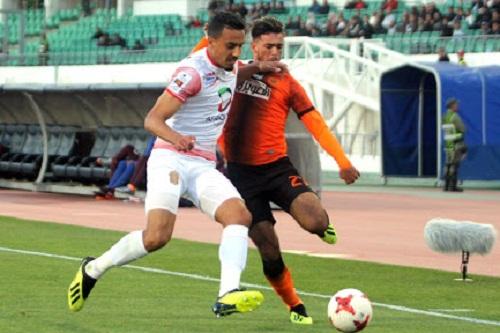"""المغرب يضمن مقعدا في نهائي """"الكاف"""" وحدث تاريخي بتأهل رباعي إلى النصف"""