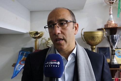 """صحف الجمعة: الزيات يلعب لغة المال.. والوداد والرجاء يطلبان الإعفاء من """"الشان"""""""